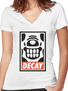 Decay Women's Fitted V-Neck T-Shirt