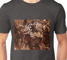 Rusty sculpture Unisex T-Shirt