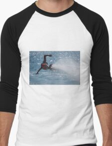 Flyboarder with outstretched arms low over water Men's Baseball ¾ T-Shirt