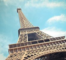 la tour Eiffel - monument de Paris, France by KlaraMarx