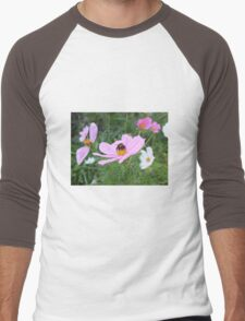 Bumble Bee on Cosmos Flower Men's Baseball ¾ T-Shirt