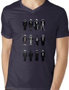 Timelord recognition guide (1st - 11th plus war Doctor) Mens V-Neck T-Shirt