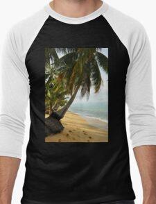tropical beach with coconut palm trees Men's Baseball ¾ T-Shirt