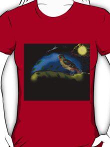 Bird in moonlight T-Shirt