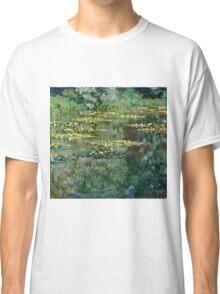 Claude Monet - Le Bassin des Nympheas (1904)  Classic T-Shirt