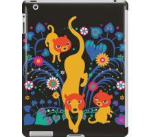 Big CAT mama iPad Case/Skin