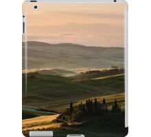 Sunrise in Val d'Orcia, Tuscany iPad Case/Skin