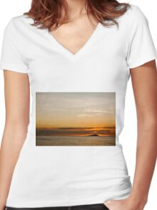Sunset by the sea Women's Fitted V-Neck T-Shirt