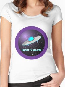 """UFO """"I want to believe"""" Women's Fitted Scoop T-Shirt"""