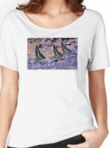 COLOURS OF THE JUNGLE Women's Relaxed Fit T-Shirt