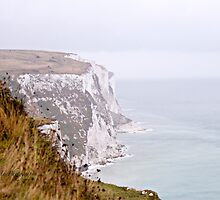 White Cliffs of Dover by Yannik Hay