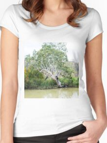 A Riverbank Beauty Women's Fitted Scoop T-Shirt