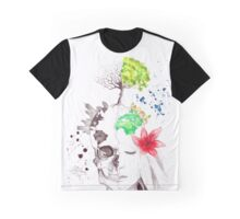 in love with earth Graphic T-Shirt