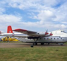 Armstrong Whitworth Argosy C.1 XN817 by Colin Smedley