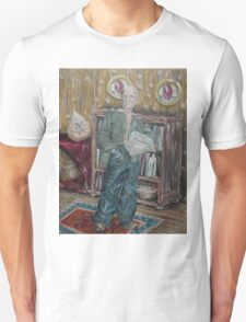 The Old Man Who Collects Shells Unisex T-Shirt