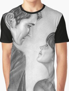 Love stare Graphic T-Shirt