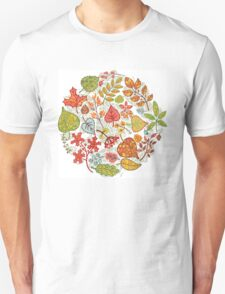 Circle composition with Autumn leaves,branches,berries T-Shirt