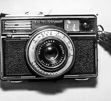 1970s German Vintage/Retro Camera by Karl Zeiss by olisandler