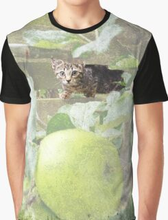 Tommy kitten in apple tree Graphic T-Shirt