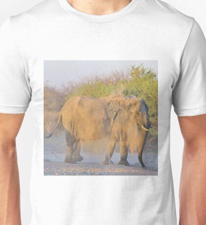 African Elephant - Dust Bath Action Unisex T-Shirt