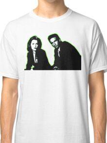 Awesome Dana Scully Fox Mulder - Stencil - THE X FILES - Street art Graffiti Popart Andy warhol Classic T-Shirt