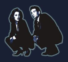 Awesome Dana Scully Fox Mulder - Stencil - THE X FILES - Street art Graffiti Popart Andy warhol Kids Tee