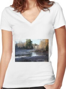 Wisconsin River Women's Fitted V-Neck T-Shirt