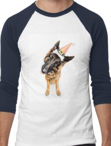 German Shepherd (Humphrey) in Christmas Hat Men's Baseball ¾ T-Shirt
