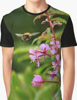 Bumble bee on a mission Graphic T-Shirt
