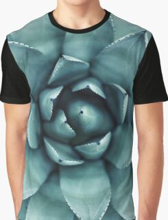 Pointy Graphic T-Shirt