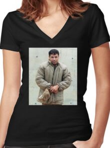 EL CHAPO | FREE Women's Fitted V-Neck T-Shirt