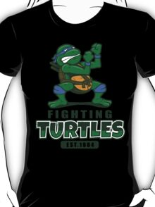 Fighting Turtles - Leonardo T-Shirt