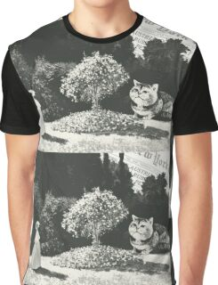 In the garden  Graphic T-Shirt