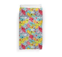 Birds and hearts and colorful blur Duvet Cover