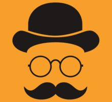 Retro /Minimal vintage face with Moustache & Glasses T-Shirt