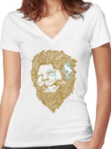 Smoking Lion Women's Fitted V-Neck T-Shirt