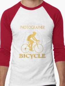 Never Underestimate a Photographer with a  Bicycle  Men's Baseball ¾ T-Shirt