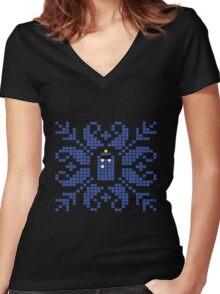 Knitted TARDIS Women's Fitted V-Neck T-Shirt