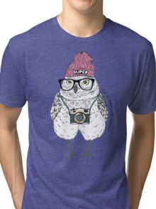 Owl hipster with photo camera Tri-blend T-Shirt