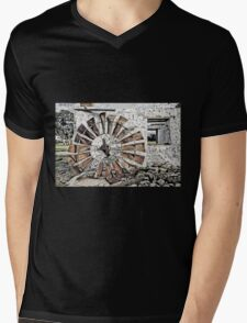 Stone Cottage and Windmill T-Shirt