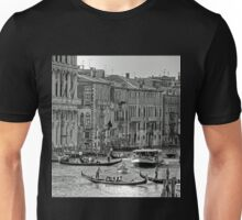 Messing about in boats - B&W Unisex T-Shirt