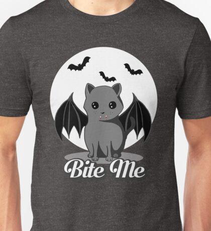 BITE ME VAMPIRE CAT - HALLOWEEN BAT CAT BY BLUETSHIRTCO Unisex T-Shirt