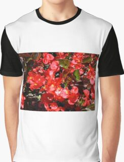 Natural texture with small red flowers Graphic T-Shirt