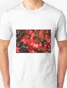 Natural texture with small red flowers Unisex T-Shirt