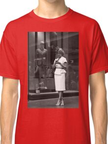 Urban Lifestyles:Elegance Classic T-Shirt