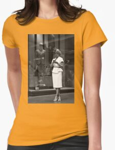 Urban Lifestyles:Elegance Womens Fitted T-Shirt