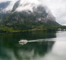 Discover Lake Hallstatt, Austria by mike2048