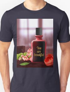 You are beautiful - red / black Unisex T-Shirt