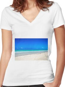 Zanzibar - Paje Beach Women's Fitted V-Neck T-Shirt