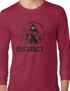 District 9 sign Long Sleeve T-Shirt